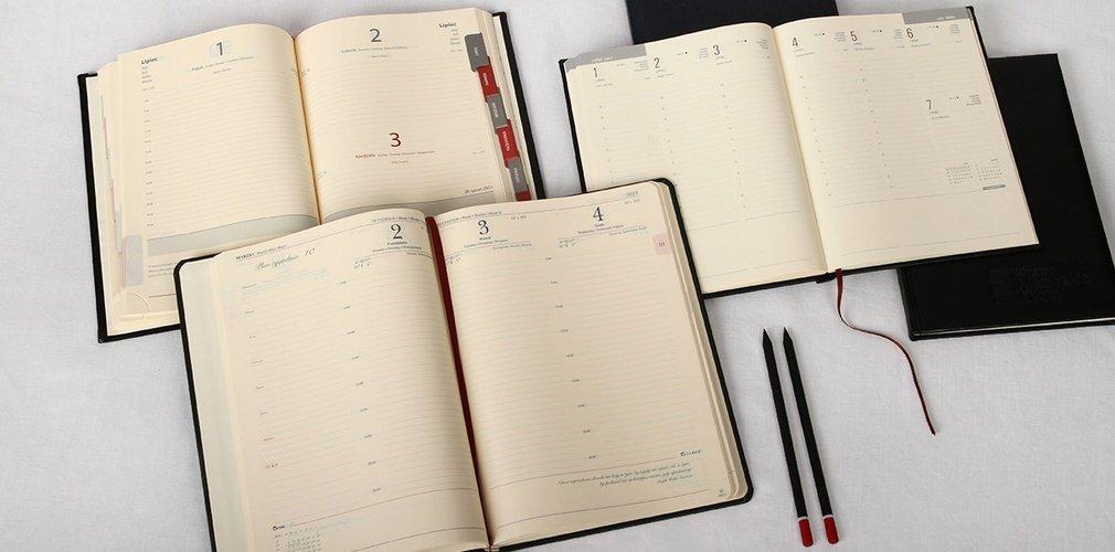 Bardzo dobryFantastyczny Kalendarz książkowy a5 dzienny i a4 tygodniowy - kalendarze 2020 BO15